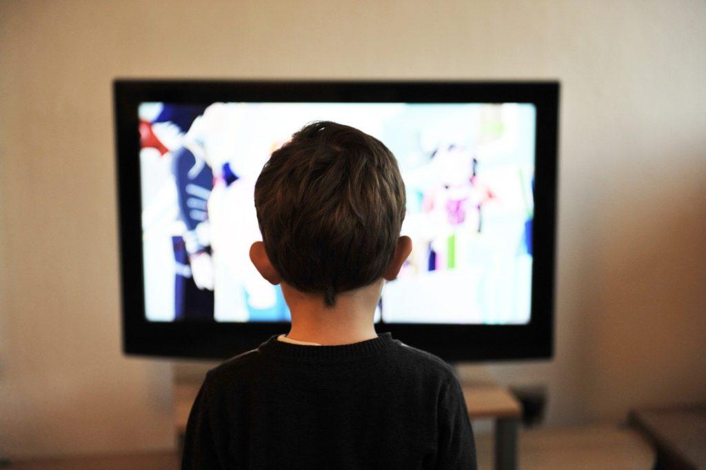 テレビを観る方法の工夫